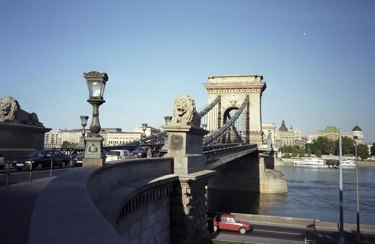budapest-115539_1280