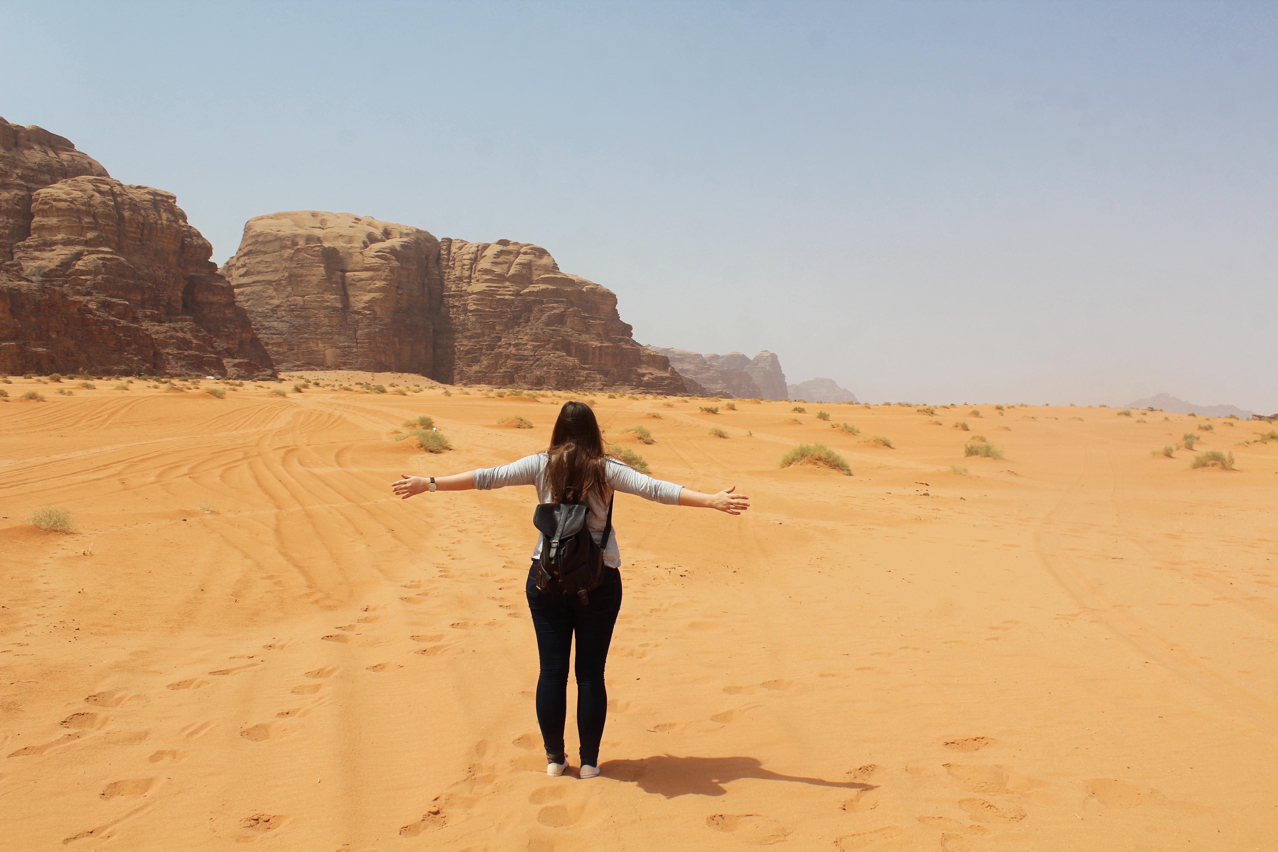 Globeastronaut_Wadi_Rum